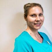 Natalie Culshaw Confident dental hygienist
