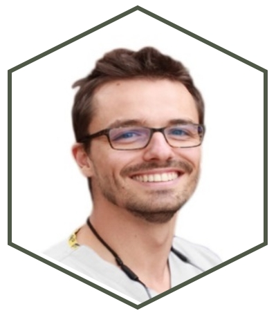 Dr Manuel Carbajal